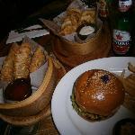 Burger spring rolls & onion rings