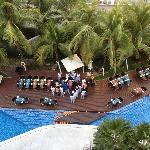 Vue du 5éme étage sur la piscine