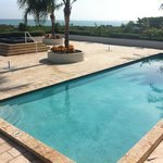 jacuzzi & pool on top floor with ocran view