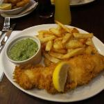 Fish and chips et purée de poids