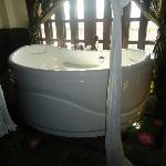Jacuzzi bath