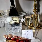 Welcome sparkling wine for the Romantic Package