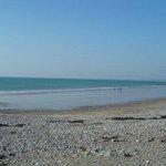 Dinas Dinlle Beach