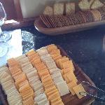 Wein und Käse am Nachmittag in der Lobby