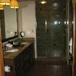 Bathroom - double vanity, walkin shower