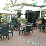 giardino esterno dell'Hotel