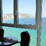 vue de la chambre (sur les plages et constructions Benidorm)