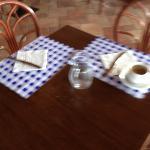 servizio al tavolo colazione 4 stelle da ridere!!!