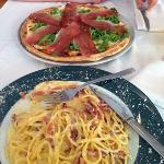 spaghetti carbonara and pizza with italian bacon & rock salad
