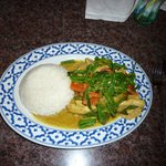 Thai green curry with chicken and rice