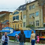 Old Continent: street view