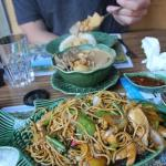 The fried noodles with chicken (Jungle noodles)