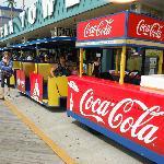 Les fameux trams qui font la navette sur le boardwalk