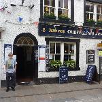 Wor Laddie outside his favourite pub 'Oddies'