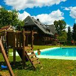 piscina y zona recreo