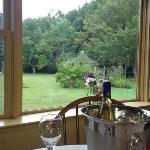 Foto de Layla's Riverside Lodge