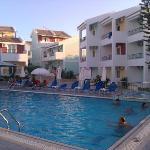 Αποψη της πισίνας 2