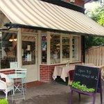 Pierreponts Cafe