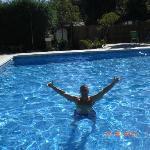 La piscina de Huerta Grande genial, hamacas de sobra