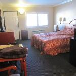 Pokój 209 widok od strony łazienki