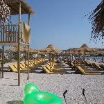 la spiaggia di fronte all'hotel