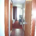 l'ingresso della camera