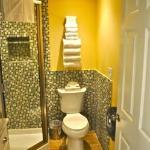 Luxury Studio Bathroom