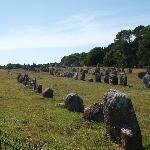 カルナックノ 並列する巨石群
