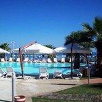 """la zona piscina (il """"cuore"""" del residence..."""