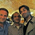 Une très belle soirée, avec Joe, à ma droite, et Gian-Maria, à ma gauche.