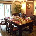 Breakfast room ready to go