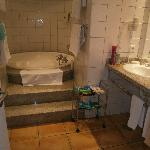 Our bathroom, to many ant's but otherwise lovely