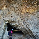 entrada a una de las cavernas