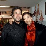 Lucho junto a Cristina Vanegas en el lobbi del Jam Suites