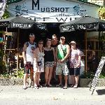 Aussies Outside MugShots
