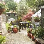 Garden & Guest Patio