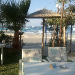 Blick vom Corissia Park / Poolbereich zum Strand