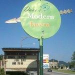 Dave's Modern Tavern