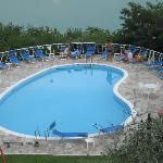 agosto 2012 piscina albergo