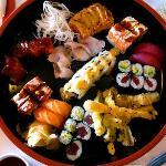 Henssler Henssler mixed sushi platter for two