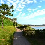 Morning stroll along the cliffwalk