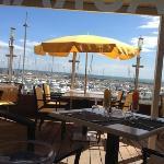 la terrasse sur le port