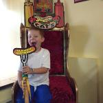 The Birthday throne, cute