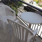 tavolo con sedie terrazzino