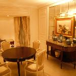 Sitting area - executive/diplomatic suite