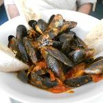 the best mussels in tomato sauce....