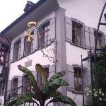 Nicht zu übersehen, das Gasthausschild an der Zürichstrasse