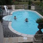 Vue depuis la chambre de la piscine