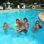 Grandpops and grandchildren enjoyning the pool