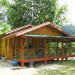The dainty Meranti Chalet beside to the river